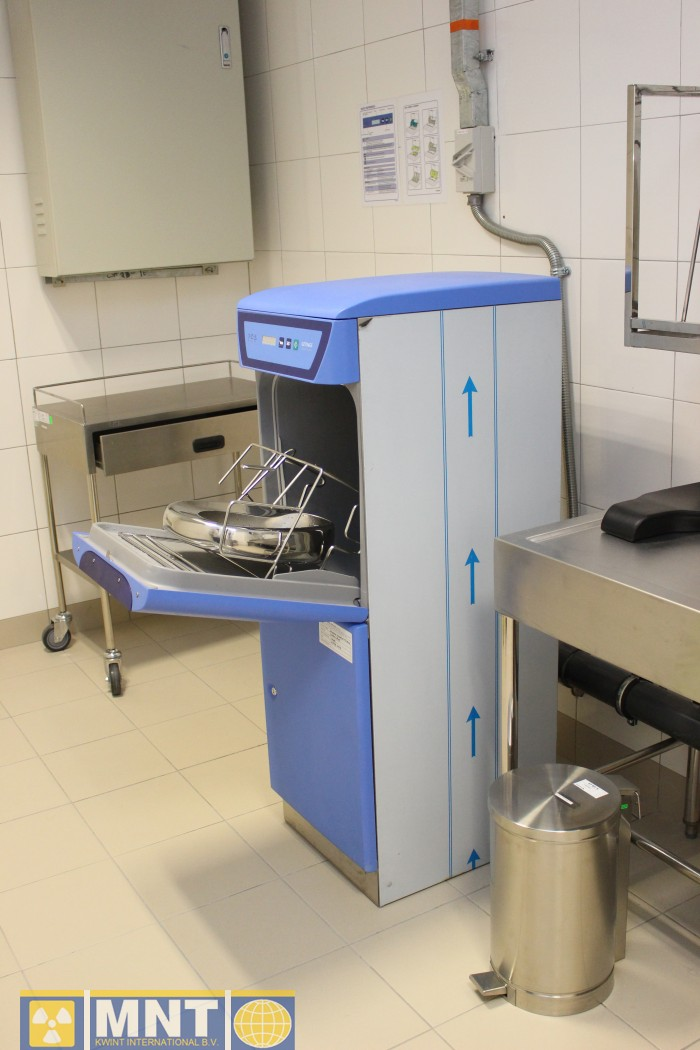 Waste Water System For Nuclear Therapy